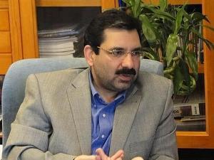 معاون حمل و نقل شهرداری تهران: ترافیک را سیاسی نکنیم