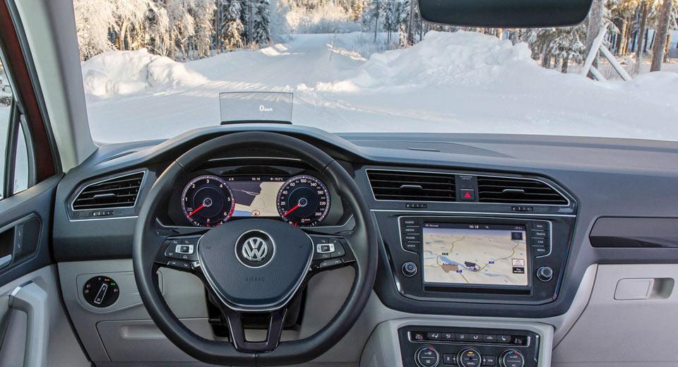 فناوری جدید نقرهای در ذوب برف روی شیشههای جلو