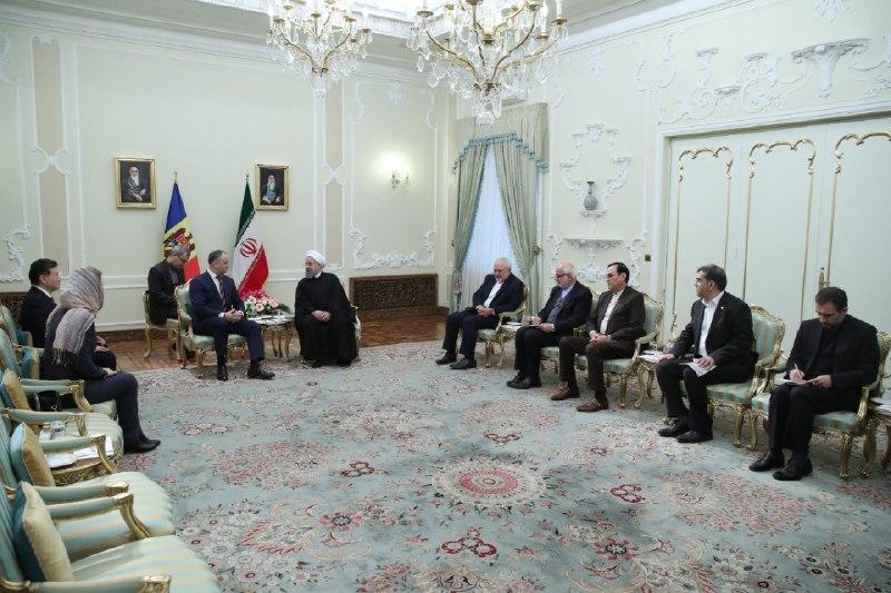 دیدار روحانی با رییس فدراسیون جهانی شطرنج و دختر شاهزاده تایلند (+عکس)