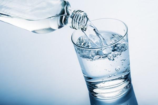 برای کنترل فشار خون خود آب بنوشید!