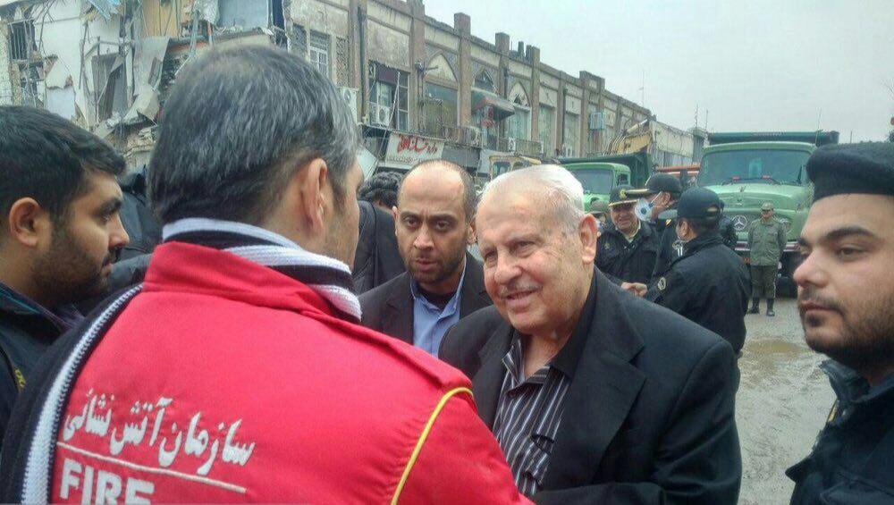 سفیر فلسطین در محل حادثه پلاسکو (+عکس)