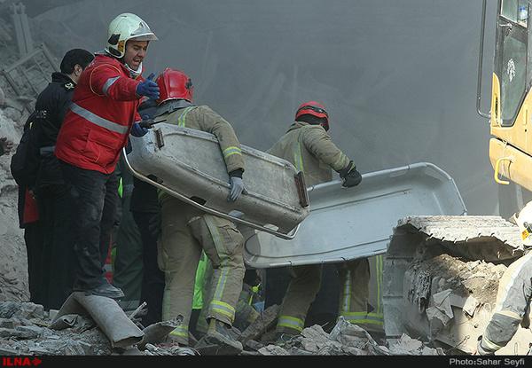 ناگفتههای نگهبان ساختمان پلاسکو: با چشم خودم دیدم که دوستان چگونه در آتش میسوزند