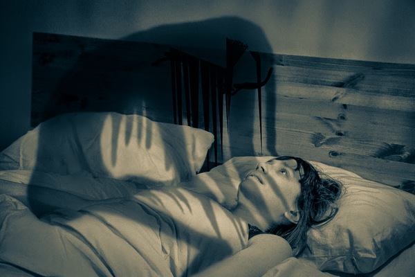 فلج میان خواب و بیداری!