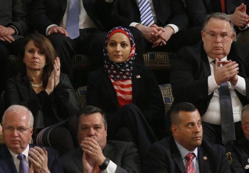 پوشش یک زن در سخنرانی ترامپ در کنگره آمریکا (عکس)