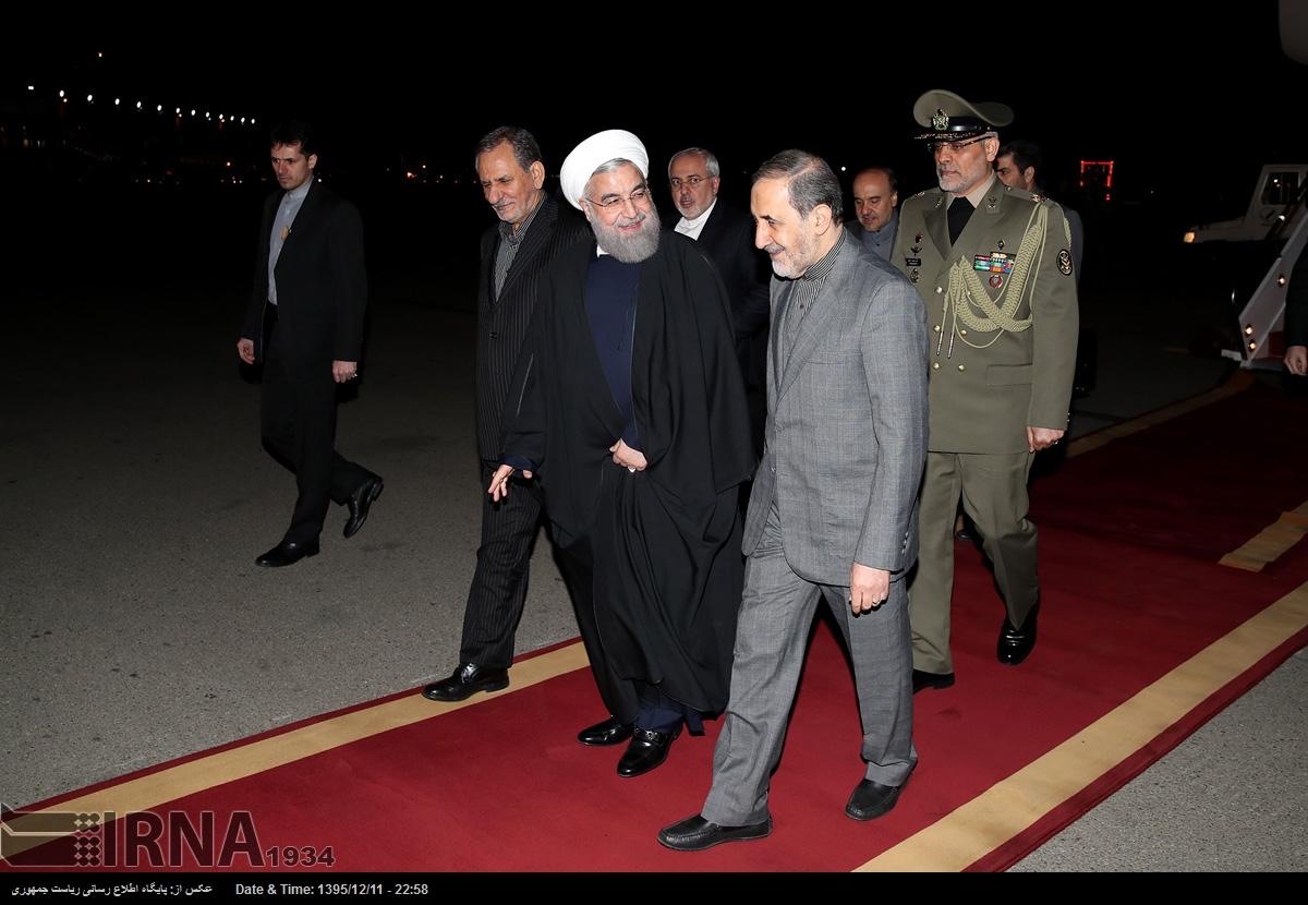 بازگشت روحانی به تهران (+عکس)