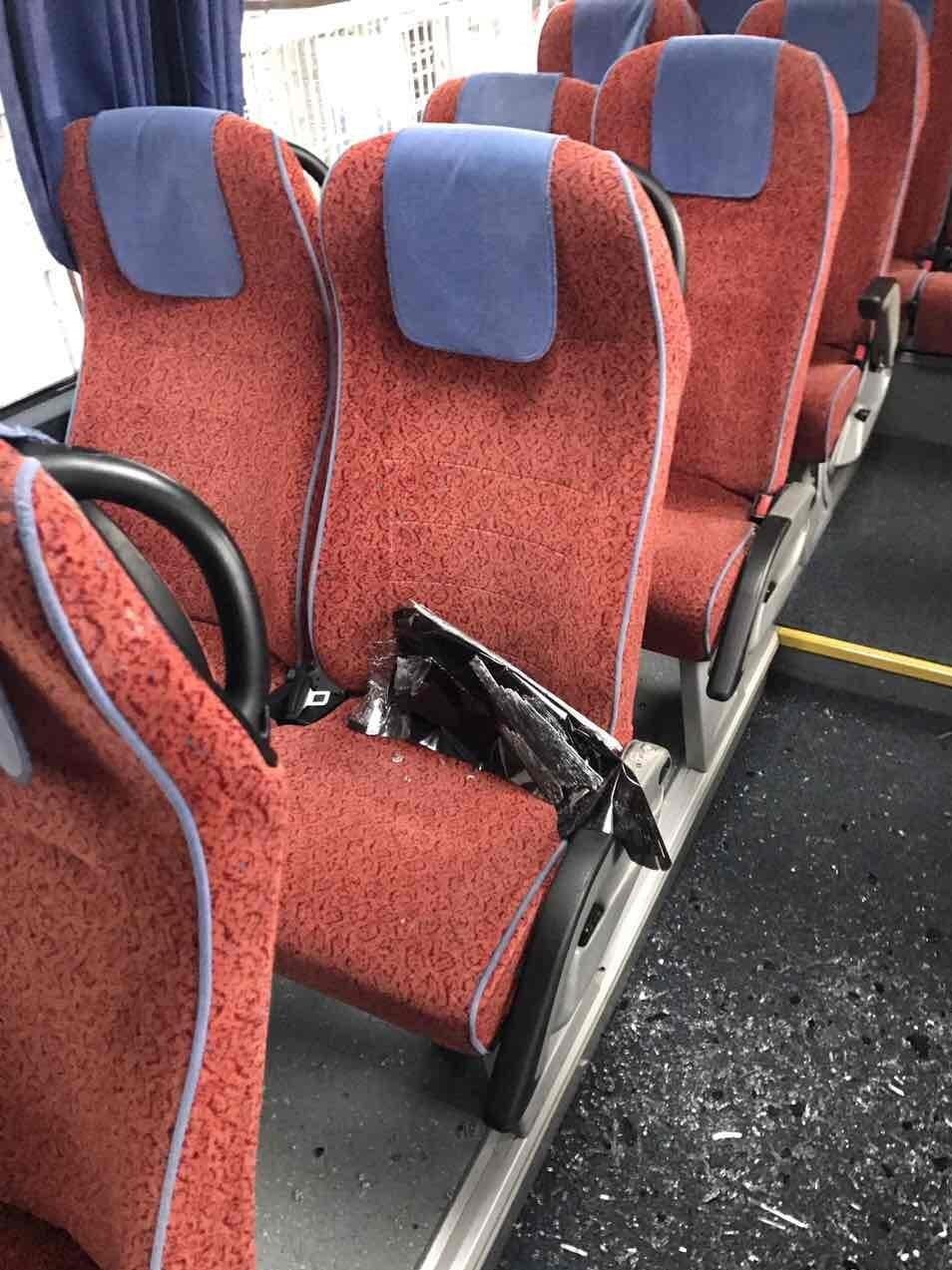 حمله به اتوبوس تیم انصاری فرد (+عکس)