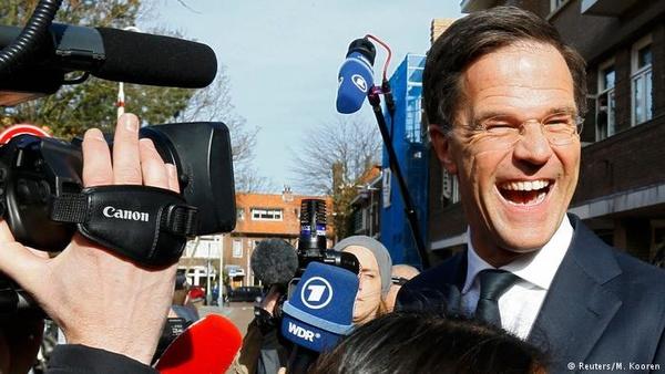 پیشتازی لیبرالها و شکست پوپولیستها در انتخابات هلند