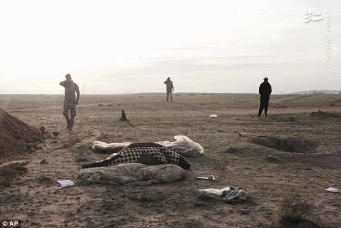 گور دستهجمعی کودکان اشک سربازان عراقی را درآورد (+عکس)