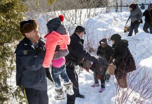 کانادا: گشایش مرزها به روی پناهجویان اخراج شده از آمریکا