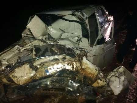 سقوط اتوبوس به دره در جاده یاسوج - اصفهان/ 2 کشته و 9 زخمی (+عکس)