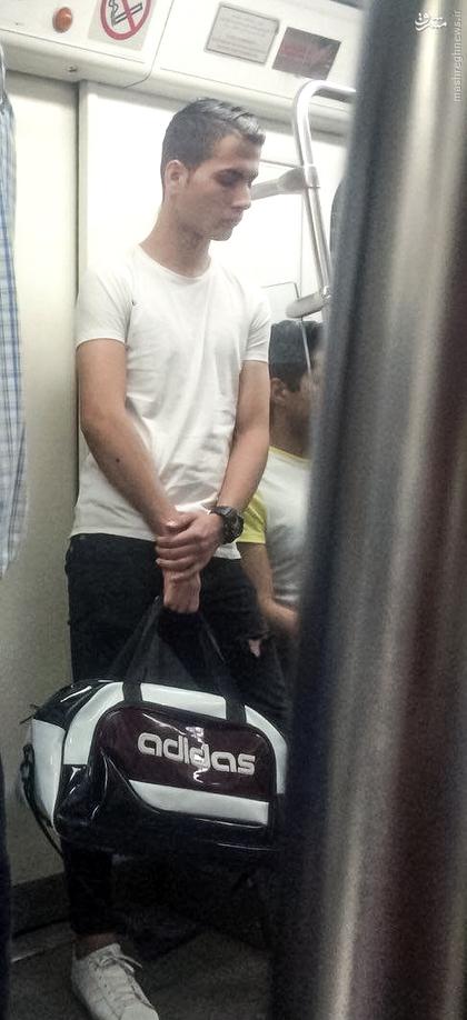 بدل کریس رونالدو در متروی تهران (+عکس)