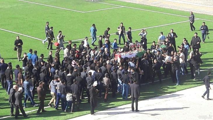 مراسم تشییع فوتبالیست ها خانواده مهرداد اولادی تشییع مهرداد اولادی پدر و مادر مهرداد اولادی بیوگرافی مهرداد اولادی