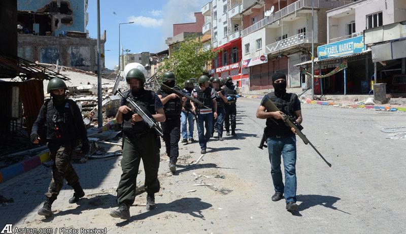 جنگ شهری خشن در ترکیه (+عکس)