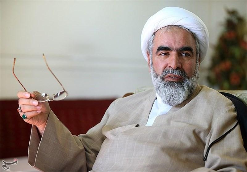 حسینیان: حمایت اصولگرایان از لاریجانی جبری است/ نیروی جانشین لاریجانی را در مجلس دهم کشف میکنیم