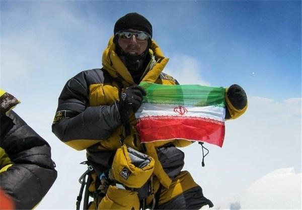 کوهنورد ایرانی بدون کپسول اکسیژن مصنوعی، اورست را فتح کرد (+عکس)