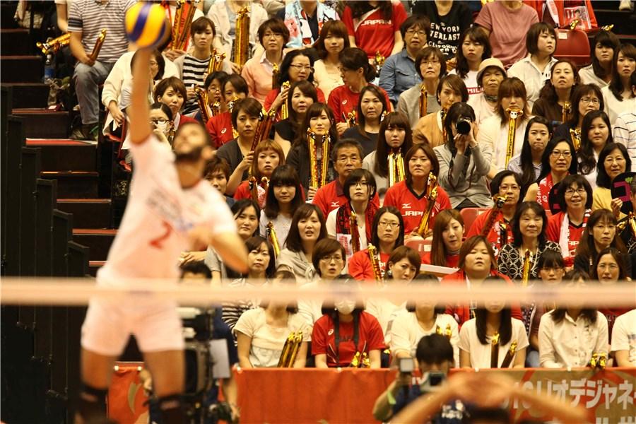 دختران ژاپنی،ایرانی ها را از سانسور نجات دادند(+عکس)