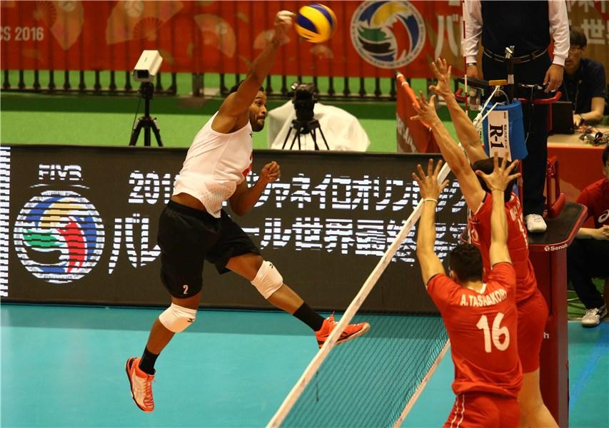 ایران 3 - 2 ونزوئلا / ششمین پیروزی والیبال ایران در اننتخابی المپیک(+گزارش زنده)