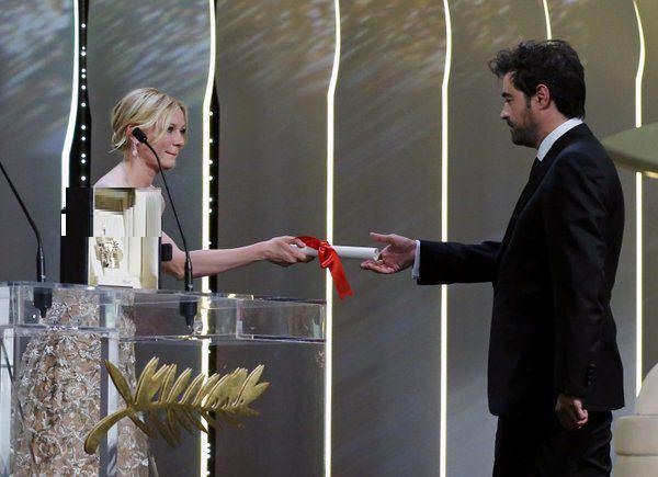 شهاب حسینی برنده نخل طلایی بهترین بازیگر مرد جشنواره کن شد/ نخل طلای بهترین فیلمنامه برای اصغر فرهادی