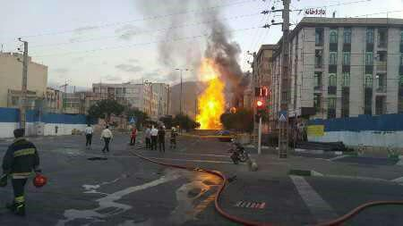 انفجار لوله گاز در تهران (+عکس)