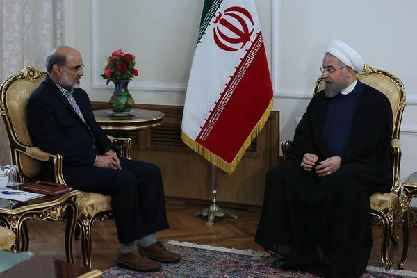 دیدار رئیس صداوسیما با روحانی / روحانی: نمیپسندم صدا و سیما روابط عمومی دولت باشد اما نباید امید مردم به یاس تبدیل نشود
