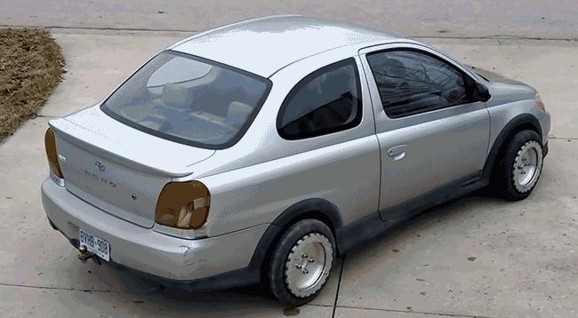 چرخ های جادویی خودرو با حرکت 360 درجه (+فیلم)