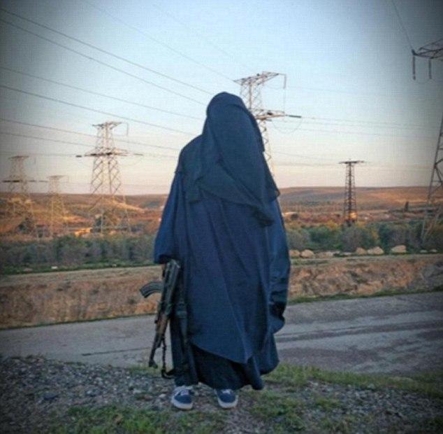 دلال ازدواج داعش شناسایی شد (+ عکس)