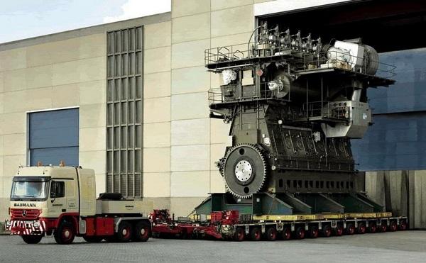 ساخت بزرگترین موتور دیزلی جهان+تصاویر