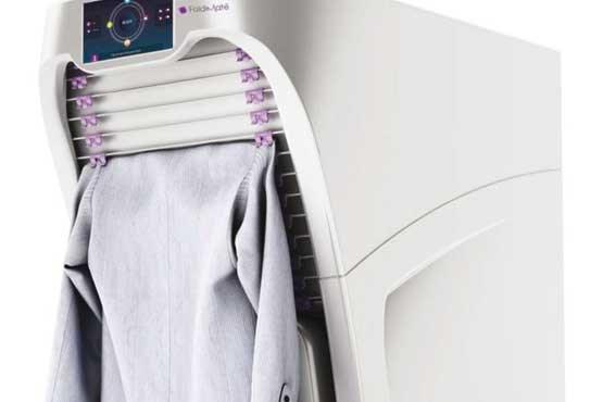 رباتی که لباسها را مرتب میکند