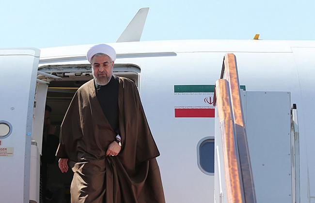 حسن روحانی؛ رئیسجمهور تنها