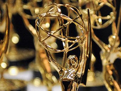"title:""گزارش تصویری از مهمترین جوایز امی ۲۰۱۶- http://anamnews.com/"" alt:""جایزه امی """