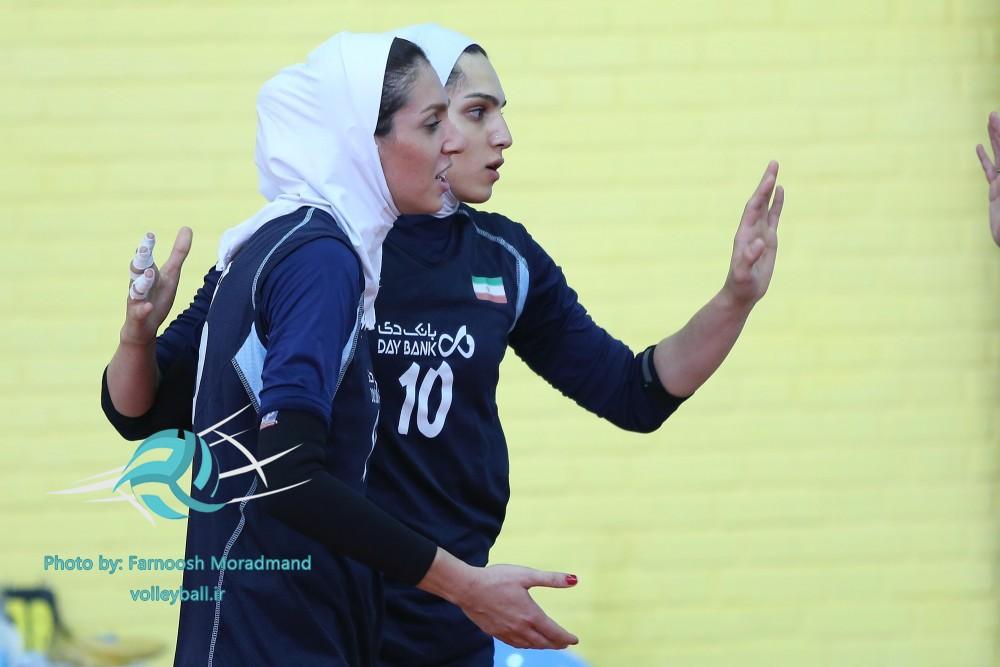 آماده سازی دختران والیبال برای قهرمانی آسیا(+گزارش تصویری)