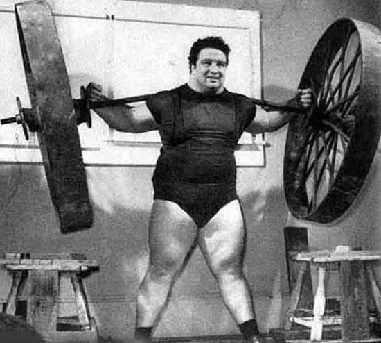 سنگینترین وزنهای که تاکنون بشر توانسته بلند کند (عکس)