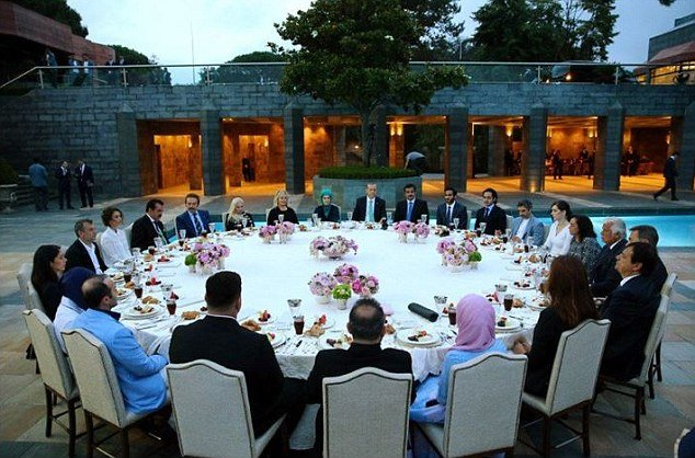 نگاهی به زندگی پر زرق و برق امینه اردوغان