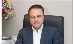 مدیرعامل معزول بانک ملت با دستور مرجع قضایی توسط سازمان اطلاعات سپاه بازداشت شد (+عکس)