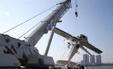 برخورد هواپیمای سبک دریایی با پل در چین (+عکس)