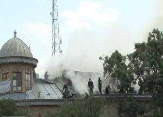 مهار آتشسوزی در میدان تاریخی شهر همدان