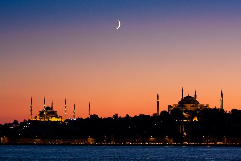 احیای گردشگری تابستانه ترکیه؛ رشته ای که در