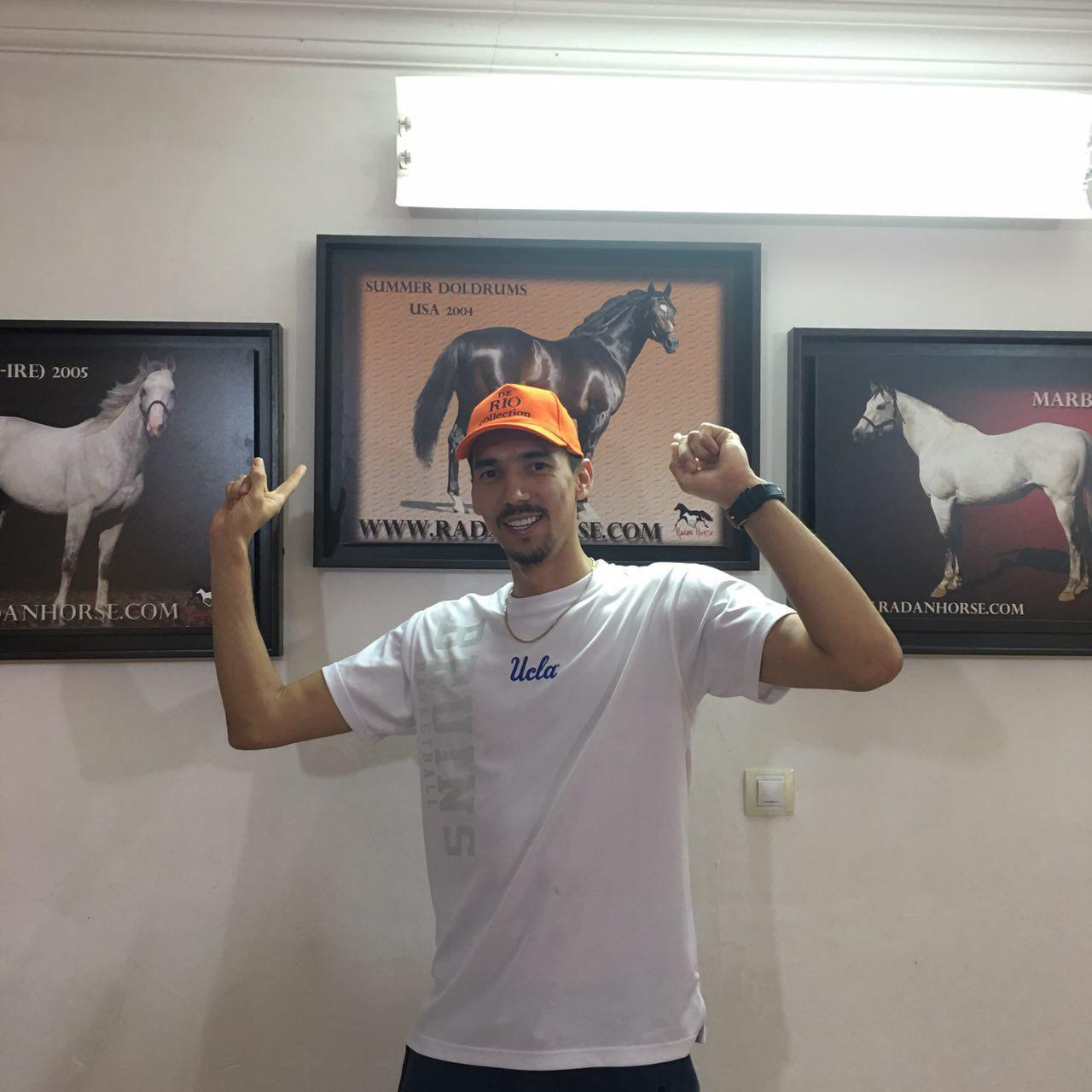 خداحافظی فرهاد قائمی از اسبش قبل از المپیک(+عکس)