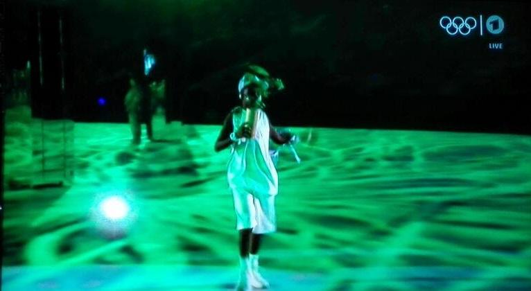 تصویر به تصویربا افتتاحیه مسابقات المپیک 2016 ریو (+عکس/حواشی)