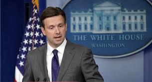 سخنگوی کاخ سفید : تندروهای ایران و آمریکا در یک جبهه هستند