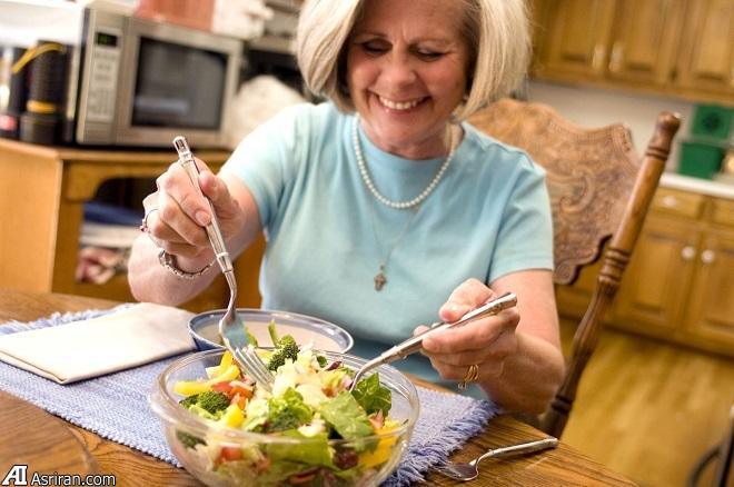 دلایل علمی که شما را به سالم غذا خوردن ترغیب می کنند