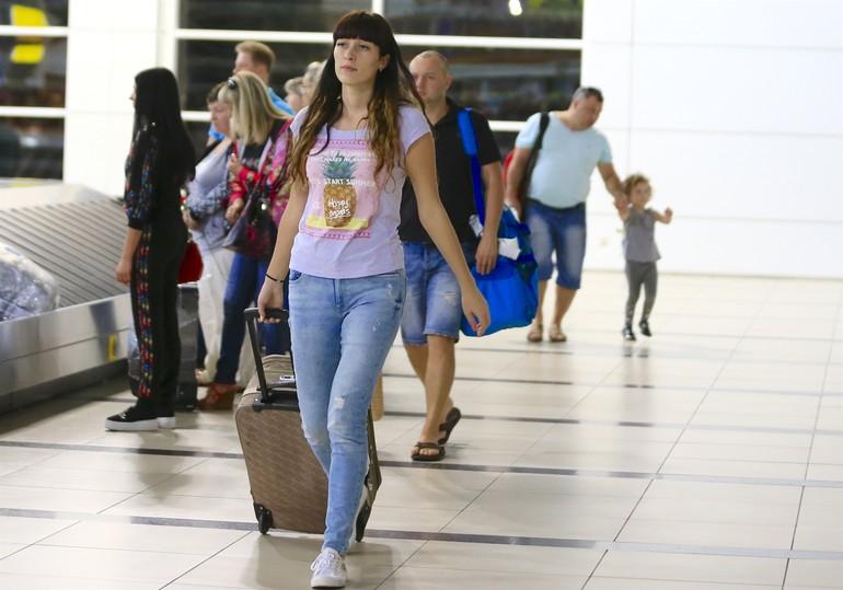 ورود نخستین هواپیمای توریست های روس به فرودگاه آنتالیا (+عکس)
