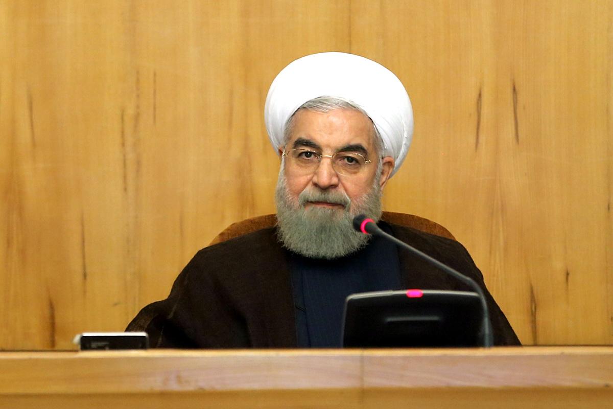 روحانی:تعدادی نادان و احساساتی در داخل به عربستان بهانه دادند تا خود را از فشارهای ایران رها کند