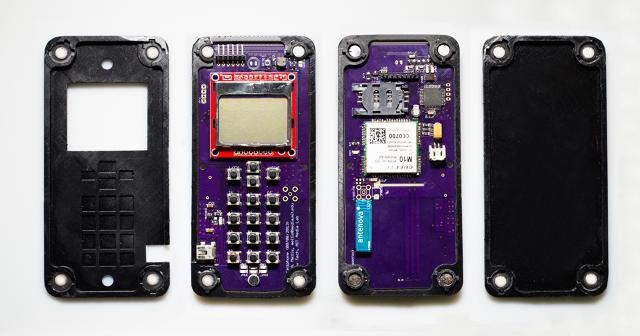 گوشی که به طور خودکار مونتاژ میشود (+عکس)