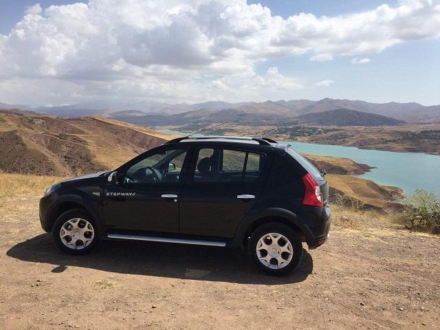 تست فنی خودروی جدید رنو در جاده/ ساندروی استپ وی چگونه خودرویی است؟