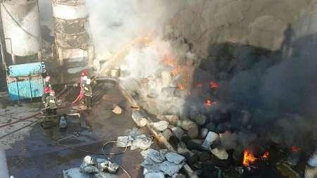 شهرک صنعتی آبادان در شعله های آتش (+عکس)