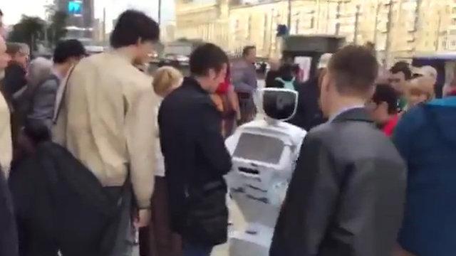 فرار روبات روسی از آزمایشگاه (+عکس)