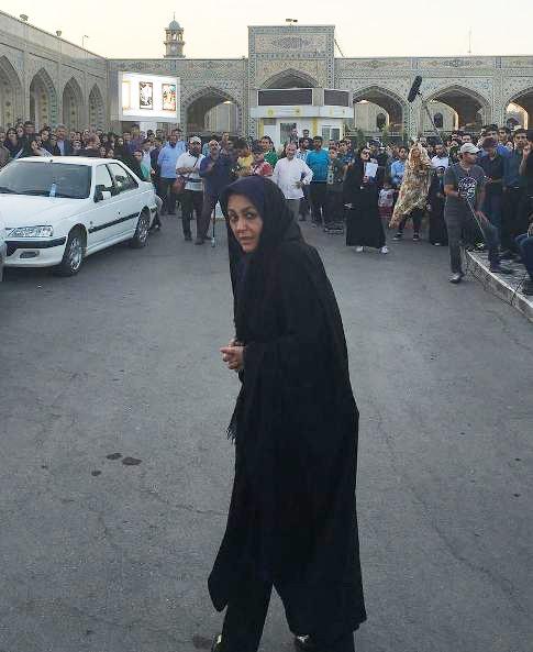 ماجرای شقایق فراهانی و جیببرها در حرم امام رضا (+عکس)