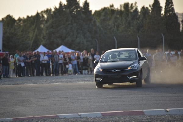 برگزاری دومین هفته از تست درایو خودروی چری آریزو 5
