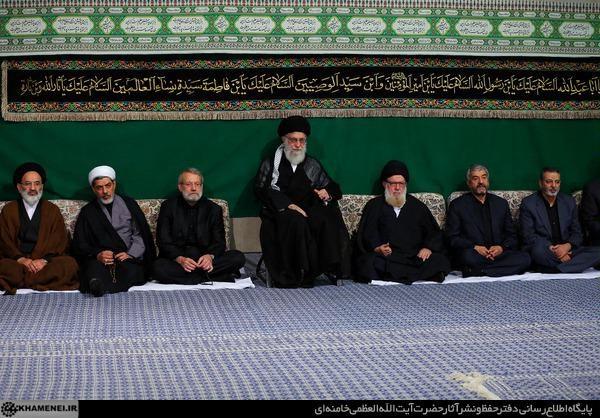 مراسم عزاداری شب تاسوعای حسینی با حضور رهبر معظم انقلاب برگزار شد (+عکس)